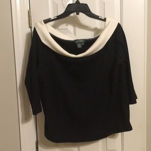 Off the shoulder Lauren black shirt